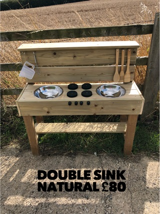 Double Sink Kitchen